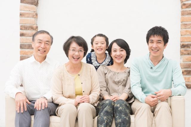 転勤族との結婚に向かない女性は、家族と離れたくない